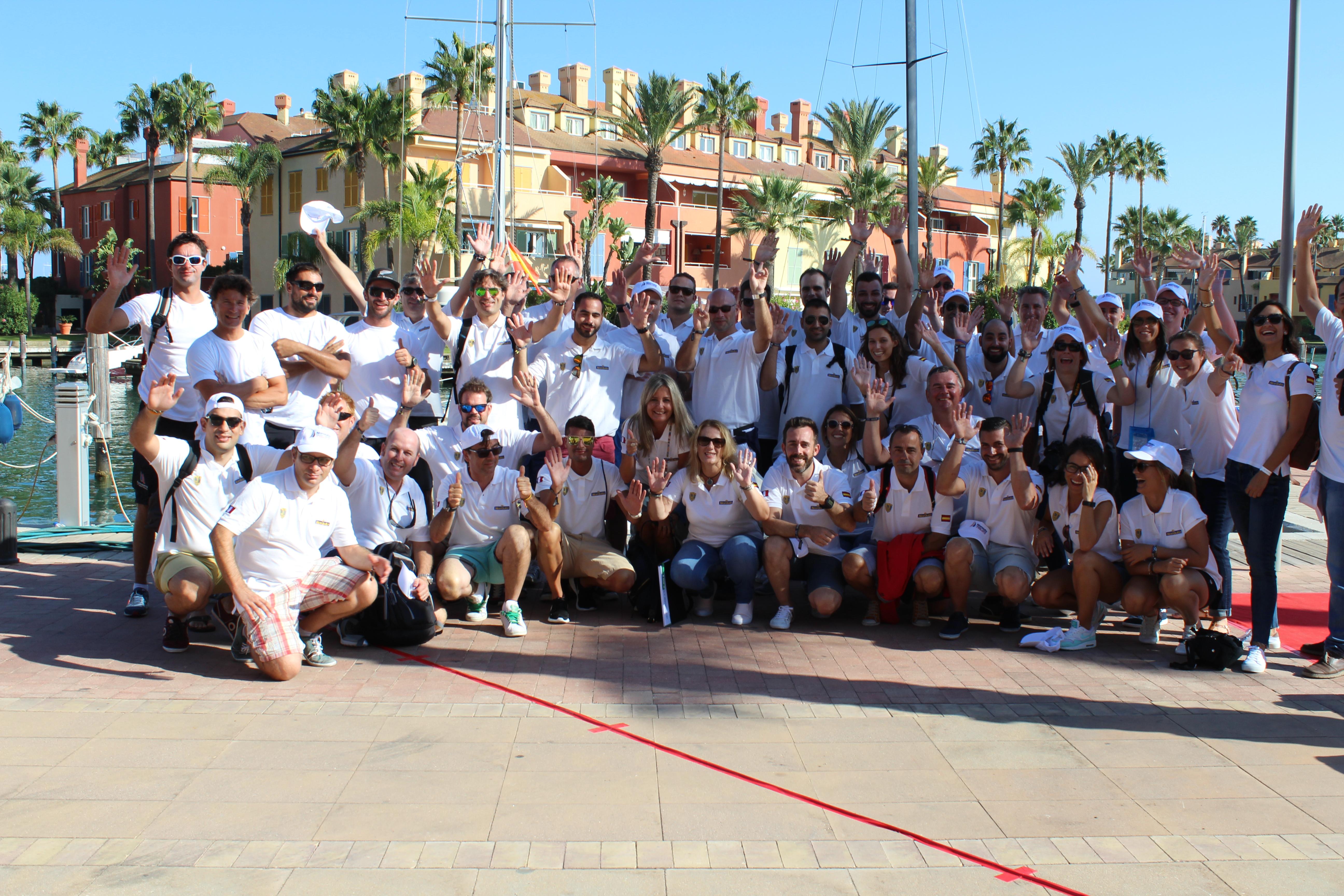 Compañeros de Norauto con el equipo francés Norauto Groupama Team