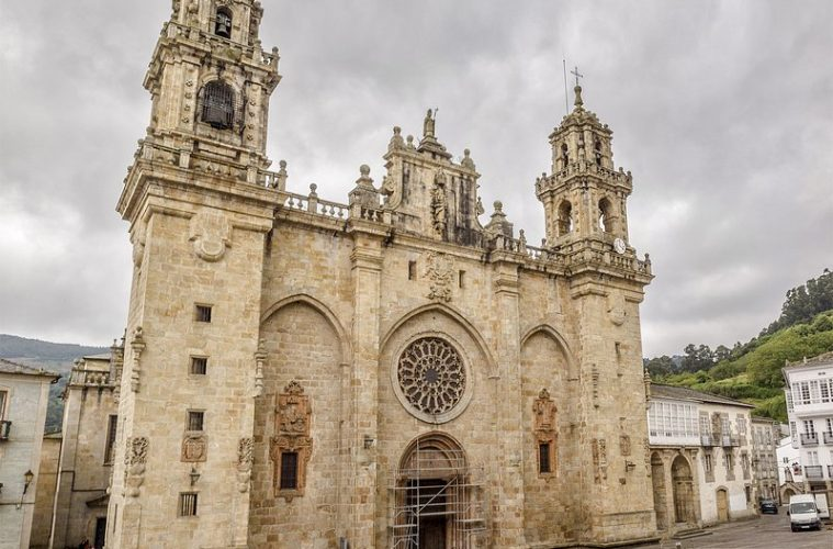 Galiciaenpie.com - Mondoñedo Catedral