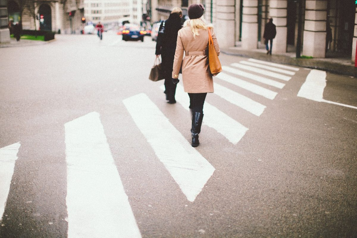 crossing-801713_1280
