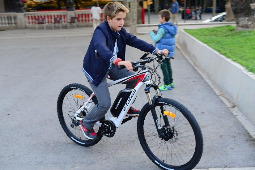 bicicleta electrica para niños