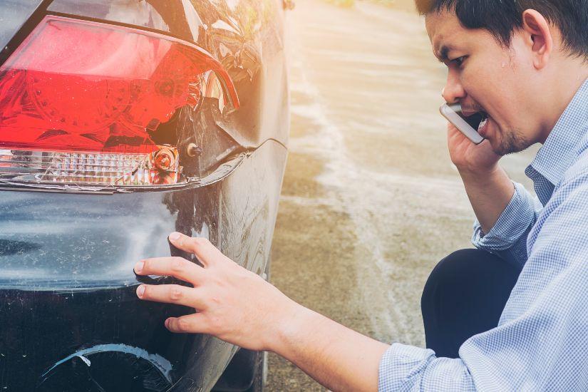 como reparar los arañazos del coche