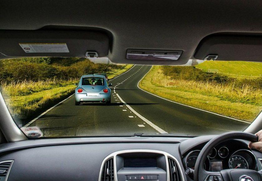 distancia de seguridad entre coches