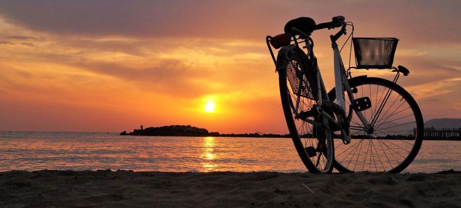 consejos para ir en bici en verano